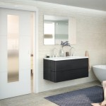 dvere_POLAR_model_1_koupelna_posuvne_do_ouzdra_sklo_satinato_foto_zdroj_SOLODOOR