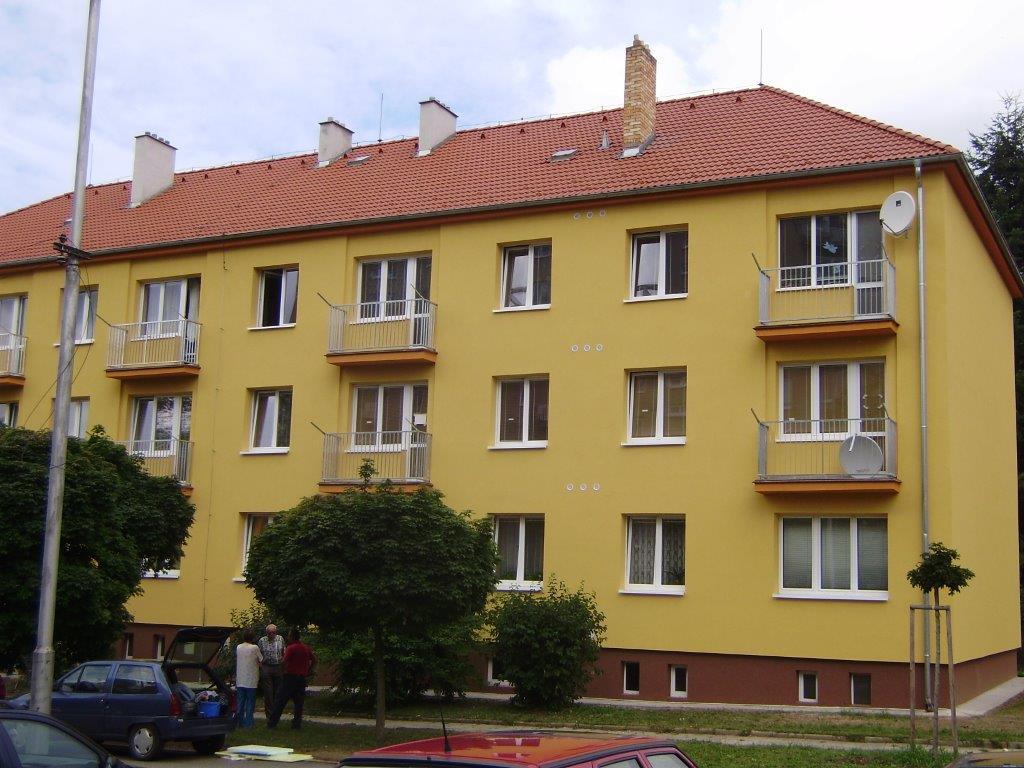 Cihlový bytový dům po revitalizaci