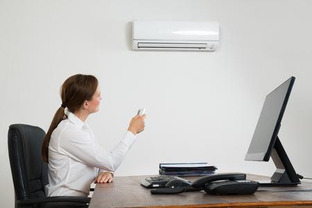 klimatizace_kancelář